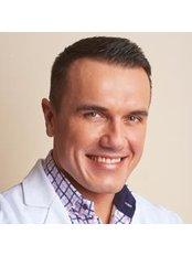 Dr Marcin Wrona -  at Idealist Ginekologia and SPA