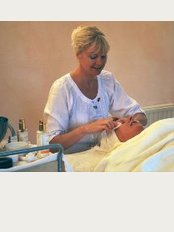 The Organic Beautician - Coombe Cottage, Lurks Lane, Pitchcombe, Stroud, Gloucestershire, GL6 6LL,