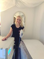 Enhance Beauty Laser and Nails - 3 High Street, Woodstock, Oxfordshire, OX20 1TE,
