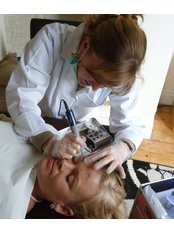 Eyebrow Procedure - Manager at Carefree Beauty Permanent Makeup