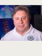 American Chiropractic , Osteopathy and Sports Medicine in Munich. - Weinstraße 4, München, 80333,