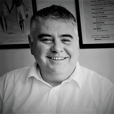 Dr Hagan McQuaid