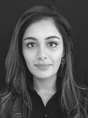 Dr Yashica Khalawan - Doctor at Dr Leezy Long Chiropractor