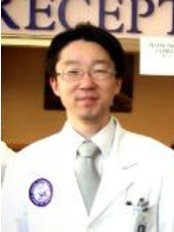 Spine&Posture Chiropractic Clinic - Dr Ahn, SIHO