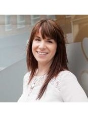 Dr Phoebe Bavin - Chiropractor - Practice Therapist at Riviera Wellbeing Centre