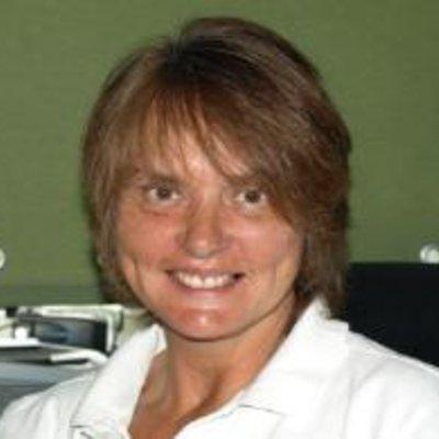 Mrs Suzanne Norton