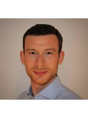 Loughton Chiropractic - Chiropractor Adam Manning at your service :-)