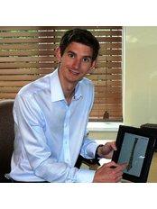Robert Cooper - Practice Therapist at Beckenham and Bromley Chiropractic Clinic