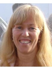 Dr Clare Metcalfe - Doctor at Beckenham and Bromley Chiropractic Clinic