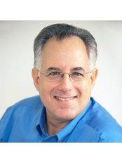 Miami Chiropractor Michael P. Newman - 9420 Southwest 77th Avenue Ste 100, Miami, Florida, 33156,  0
