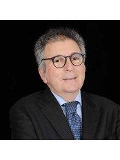 Dr Raniero  Orsini - Surgeon at Dermolife
