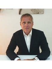 Dr Marco Rogliani - Surgeon at Dermolife