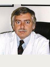 Dr. Alejandro Silvestre - Sanatorio De Los Arcos - Av Juan B. Justo 909, Buenos Aires,