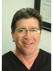 Dr Mark Elvy - Aesthetic Medicine Physician at Crows Nest Cosmetic and Vein Clinic