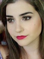 Ms Carolina - Receptionist at Laurea Cosmetic