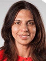 Dr Flavia Massella -  at Peach Cosmetic Medicine