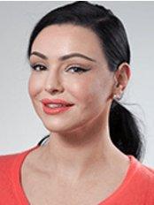 Dr Fiona Donelli -  at Peach Cosmetic Medicine