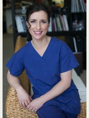Dr Simone Matousek Plastic Surgeon - 18 Roslyn St, Potts Point, NSW, 2011,