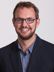 Dr Nathan Harper - Practice Therapist at Sydney Cosmetic Sanctuary - Sydney Rooms
