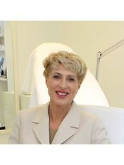 Dr Ingrid Tall MBBS, FRACGP, GRAD DIP COMN - Surgeon at Cosmetic Image Clinics