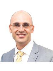 Dr Pedro Valente - Surgeon at Esteem Cosmetic Studio 2, Brisbane