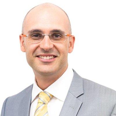 Dr Pedro Valente
