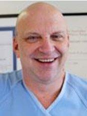 Dr Richard Lewandowski - Surgeon at Terrace Plastic Surgery