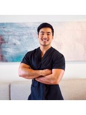 Dr George Wong - Doctor at Cosmétique Cosmetic Surgery Clinic - Robina