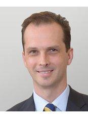 Mr Markus Nikitins - Surgeon at Dextra Surgical