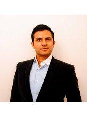 Dr Vivek Eranki - Surgeon at Cosmétique Cosmetic Surgery Clinic - Richmond