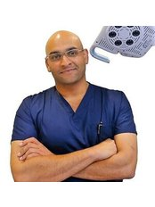 Dr Prav Kumar -  at Cosmétique Cosmetic Surgery Clinic - Cockburn