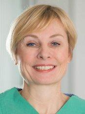 Dr Ilse Gradwohl-Matis -  at Das Haus der Schönheit