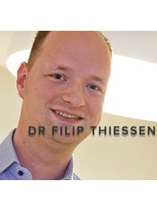 Dr Filip Thiessen - Doctor at Clinic 12B