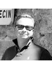 Dr. Wim De Kerpel -  - Clinic2.be - Dr. Wim De Kerpel