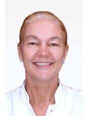 Mrs Manon Cromheecke - Surgeon at Wellness Kliniek Belgium