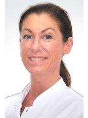 Dr Ann Ponet - Aesthetic Medicine Physician at Wellness Kliniek Belgium
