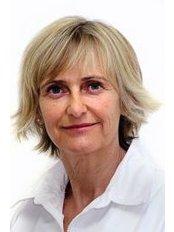 Mrs Linda Apers - Nurse at Wellness Kliniek Belgium