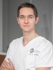 Docteur Tourbach - ST Clinic - Hameau du Fourcroix 27, Tournai, 7522,  0