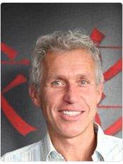 Dr Patrick - Surgeon at Atlas Kliniek