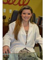 Plastic Surgeon Consultation - Clinica de Cirurgia Plástica Dra.Adivânia Pinheiro