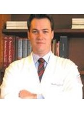 Dr Theodoro Gontijo -  at Clinica Gontijo
