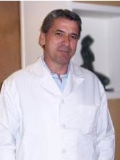 Dr Duval Brunelli - Surgeon at Dr. Duval Brunelli - Flamengo