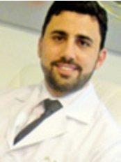 Roberto Chacur - Surgeon at Maison Leger Bioplastia