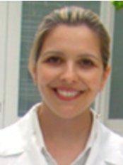 Nivea Bordin -  at Maison Leger Bioplastia