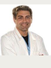 Dr. Stefan Komitski  - Georgi - Стоматологичен факултет 12 етаж Георги бул, София, 1000,