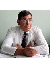 Dimitar Evstatiev - Principal Surgeon at Tokuda Hospital