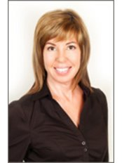 Ms JoAnne Whynott - Practice Director at The Landings Surgical Center