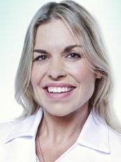 Ms Vicky Gagnon -  at Dr Geneviève Blackburn Aesthetic Medicine Clinic