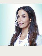 Dr Geneviève Blackburn Aesthetic Medicine Clinic - 420 McGill Suite 402, Montreal, Québec, H2Y 2G1,