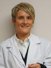Dr Anna Gironès i Marcet -  at Clinica Nezar